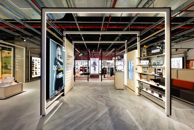 COURIR abre su primera tienda en la Gran Vía Bilbaína